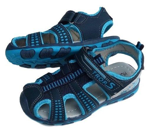 Момчешки сандали затворени на пръстите